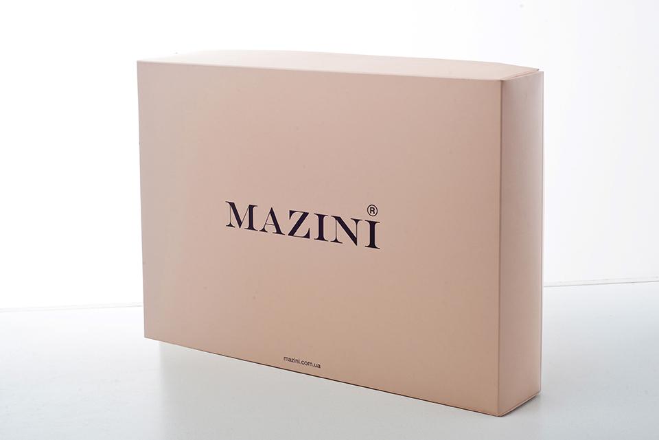 Упаковка из картона для постельного белья и одежды