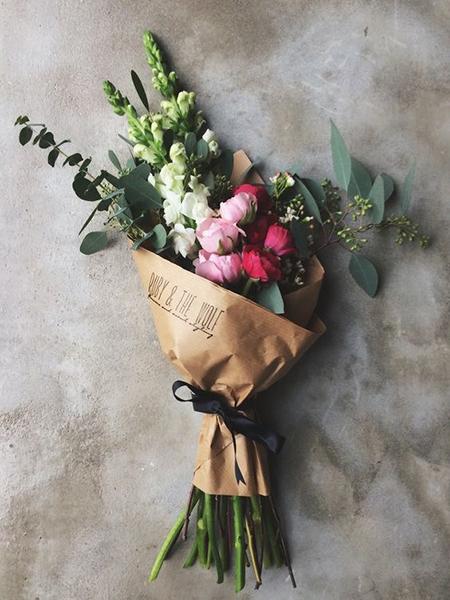 Упаковочная бумага крафт для цветов-1