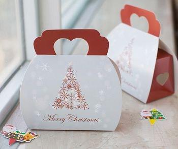 Картонная упаковка для новогодних подарков
